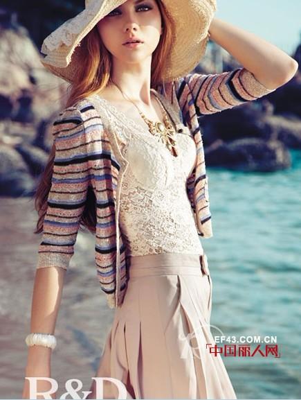 索典精品女装 拥有时尚优雅的慑人魅力