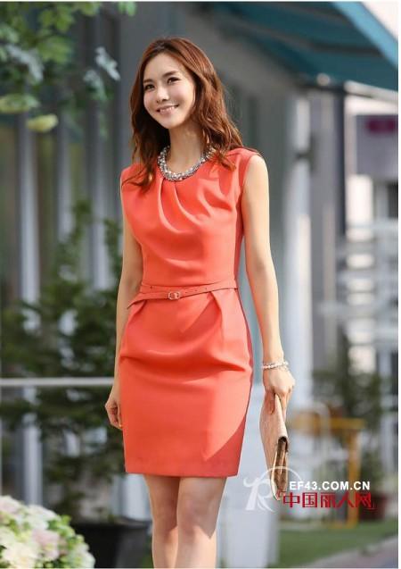 参加婚礼可以穿红色连衣裙吗 橙色连衣裙适合婚礼上穿吗