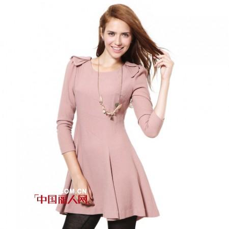 季候风品牌女装 优雅连衣裙让你变身气质女王