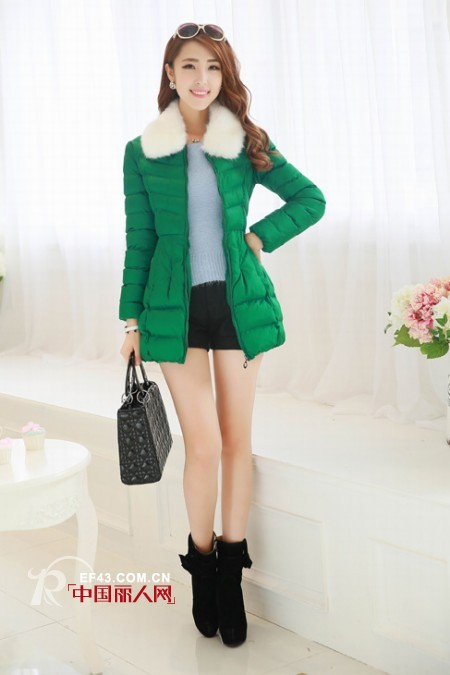 绿色棉服时尚回潮 秋冬棉服搭配