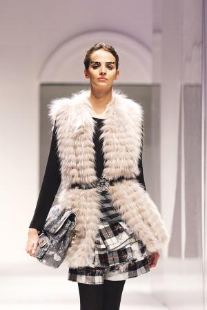 E-WORLD品牌总监童缨解说秋冬女装流行趋势