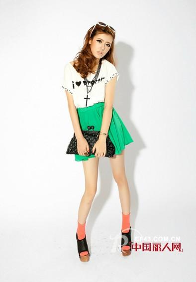 新鲜生活绚丽的青春 艾米塔时尚女装