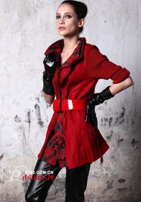 21.PLUS意大利品牌女装  摆脱了条条框框的束缚