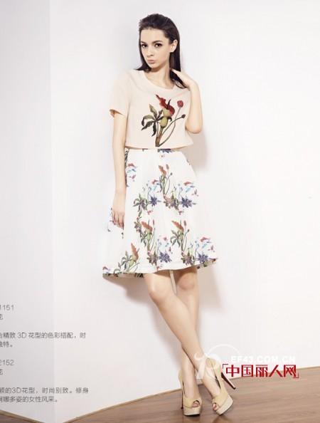 夏季半身裙怎么搭配 圣陌夏季裙装搭配技巧