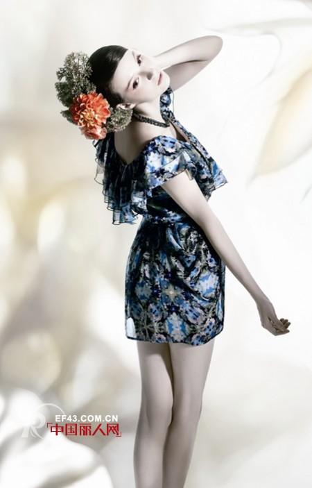 奢爱女装 奢华柔美的名媛气质