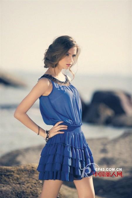裙皇可人儿女装 满足白领女性追求美与时尚的内心