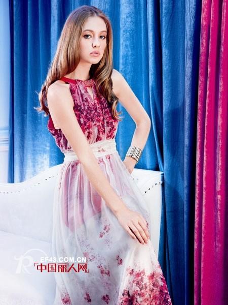 欧特菲尔品牌女装 完美体现女人精致的姿态