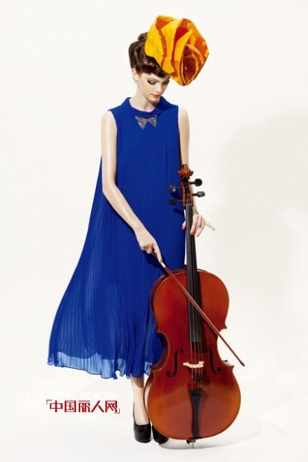 热爱时尚、热爱创造、热爱美就在SUNMORE女装