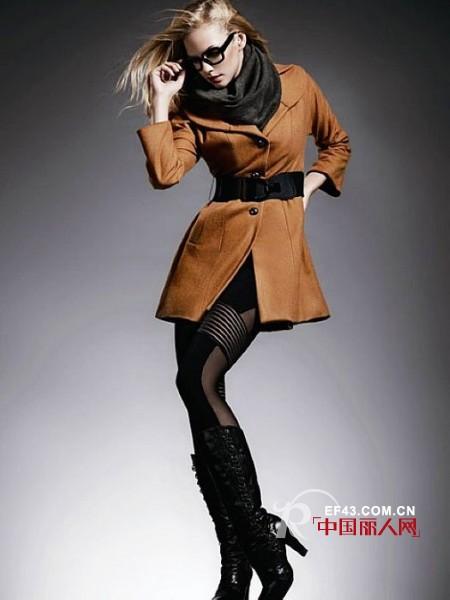 神秘身份女装 职场穿搭的专业时尚顾问