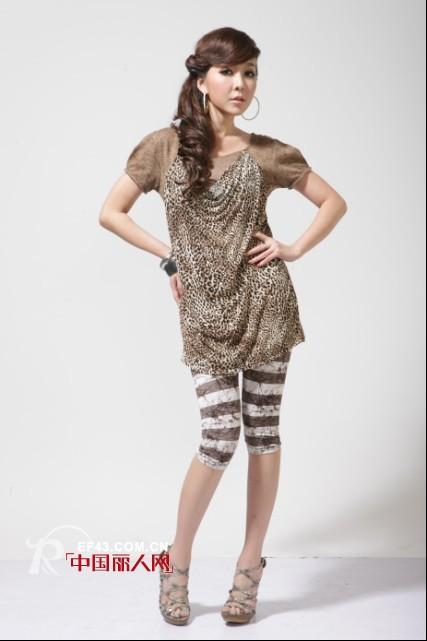 珈仪品牌女装 在工作中得以悠然的释放