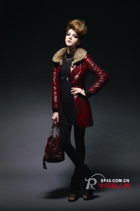 慕托丽品牌女装 引领都市生活女性的新风尚