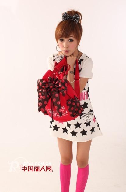 贝妮兔少女服饰精品 打造中国版的hello kitty