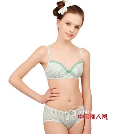 可娃衣无钢圈少女内衣 发育时期穿着更健康