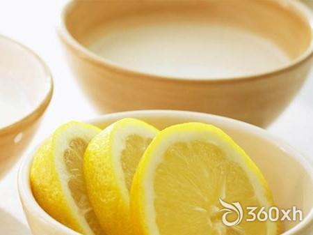 Teeth with lemon juice