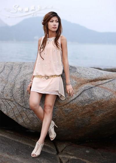 丝丽岚卡女装都市女性的自信独立时尚优雅