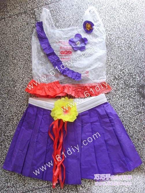 Plastic bag making kindergarten costumes