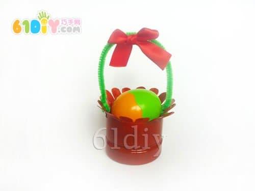 Drink bottle DIY flower basket tutorial