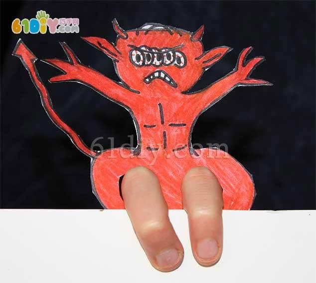 Kindergarten DIY - small monster finger doll handmade