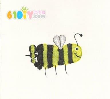 Cute and interesting creative footprints - bees