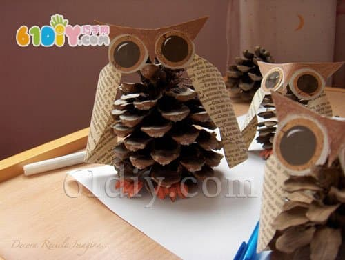 Pine cone owl DIY production