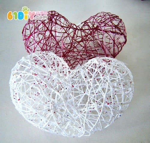 Valentine's Day DIY hollowed out wool love