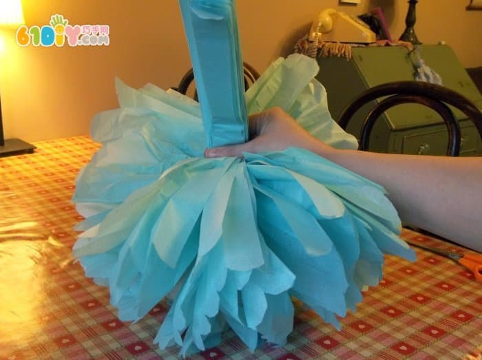Holiday decoration, paper flower ball making method