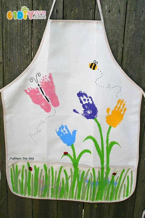 Gift for mom beautiful hand-painted apron
