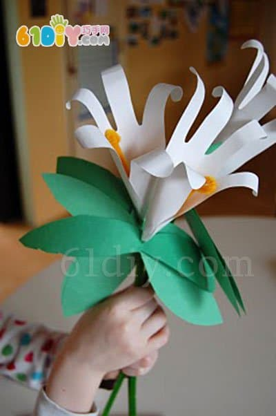 Kindergarten March 8 Handmade Hand Lily