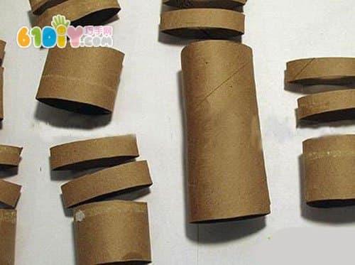 Roll paper tube DIY making a rabbit