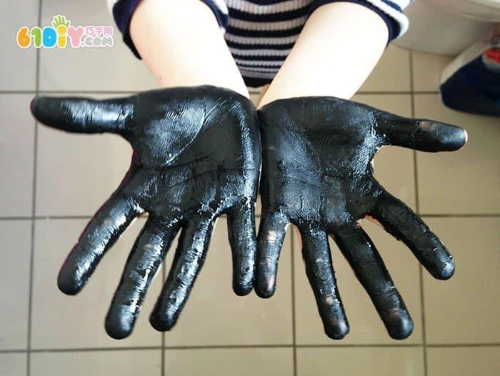 Halloween creative handprints
