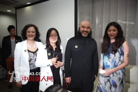 舒朗牵手中国电影导演协会  魅力绽放颁奖盛典