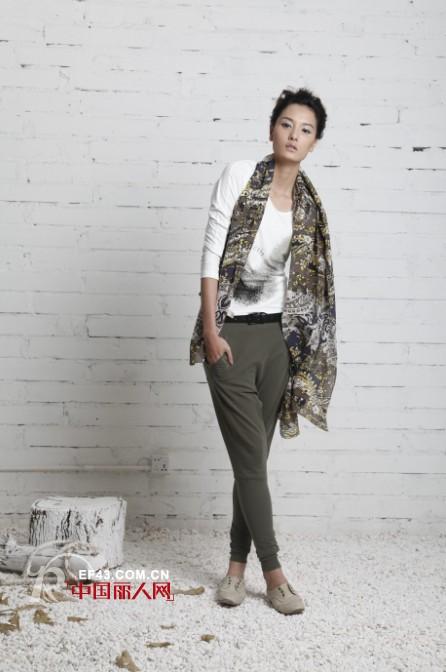 法国时装新秀品牌Dins(底色)2012春夏新品