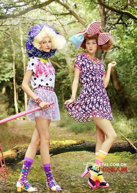 年轻女装品牌有哪些  美姬鼠年轻就要无极限
