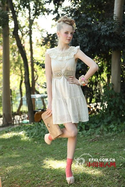艺术与商业的完美融合 意识流时尚女装