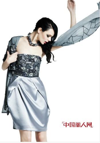 马天奴女装展现奢华的魅力风采