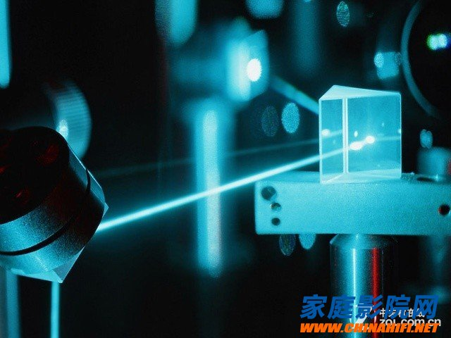 Laser 4K ultra clear chip on the development trend of engineering projection