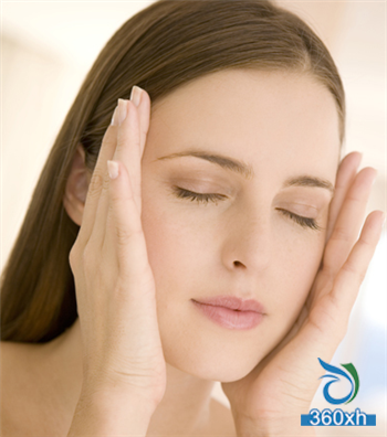 Master the correct massage technique to double the effectiveness of skin care products