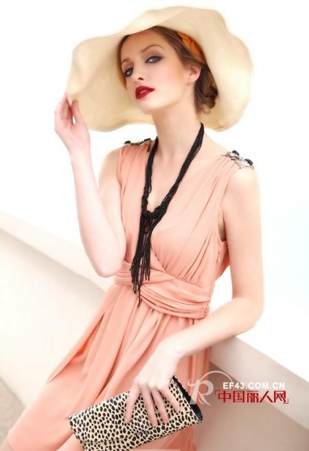 古奈笛时尚女装十三大优势成加盟热点
