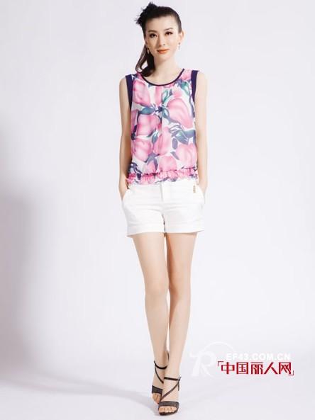 自由秀品牌女装  自由自在享受青春时尚