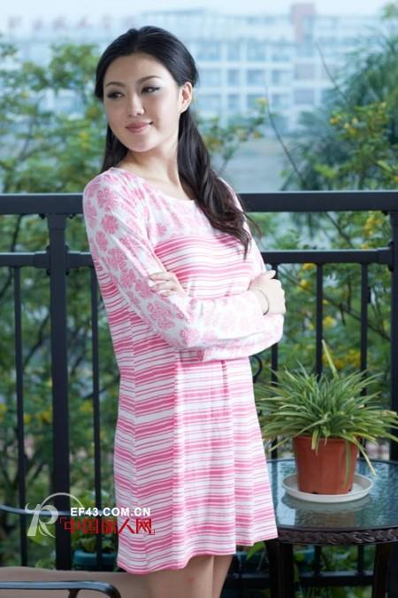 韩丽尔2012春季新款家居服 给你爱不释手的唯美感受