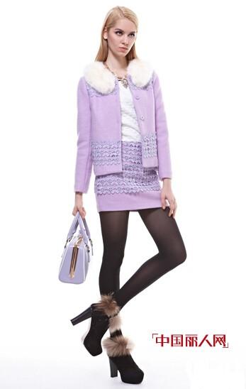 G&F青花语羊绒外套勾勒曼妙曲线 温暖不失魅力