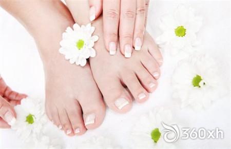 Foot beeswax whitening