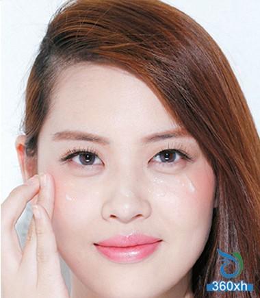 Four-step machine nude makeup turned white beauty