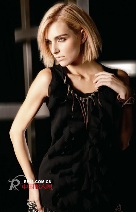 歌瑞丝芬女装 着重体现人体的线条魅力