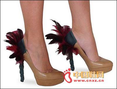 Feather heel decorated heels