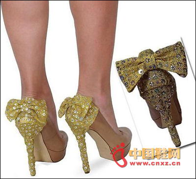 Sequined design with golden bow decorated high heels