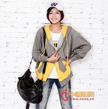 Simple and loose stitching jacket, suitable for different body MM, novel and beautiful colors