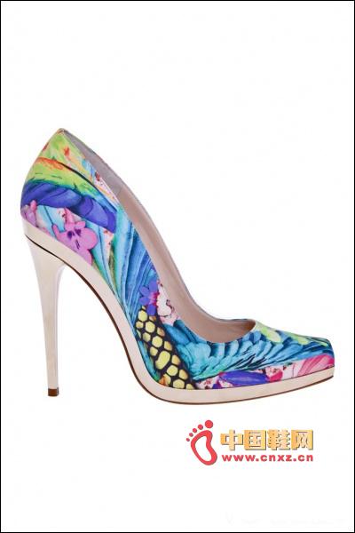 Printed shallow high heels