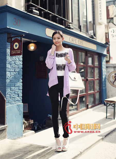 Spring wild light purple knitted cardigan, loose version, comfortable to wear, casual, but also very casual