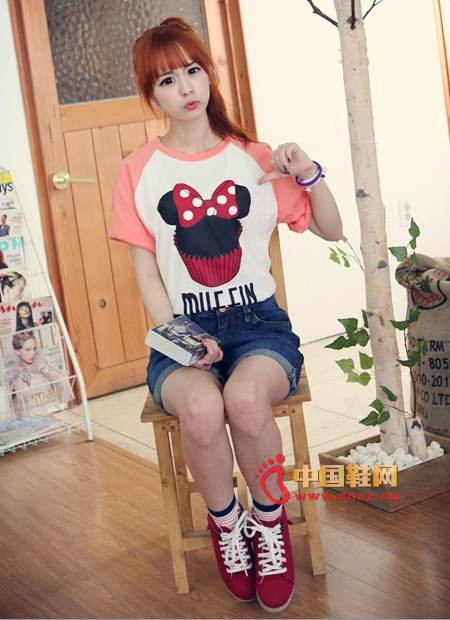 Pink powder love, pink powder feeling, Korean girl's unique color, cute mixed-color T-shirt with a trace of sweet